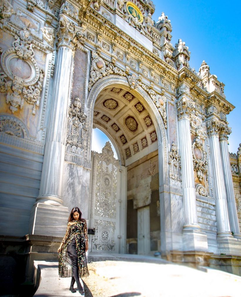dolmabahce-palace-turkey_l