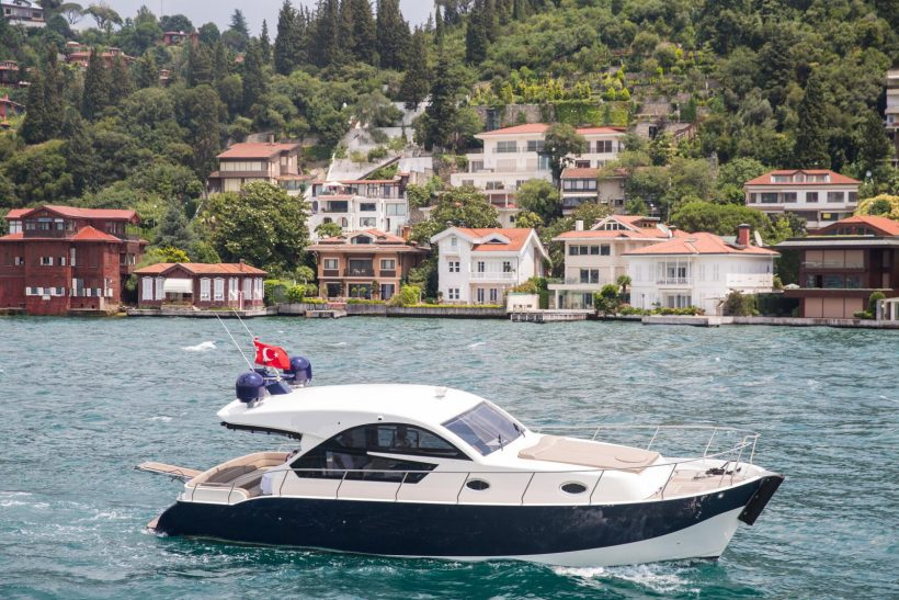 private-boats-istanbul (1)